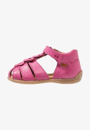 Lær-at-gå-sko - fuxia