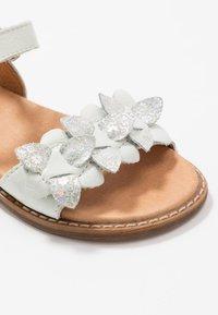 Froddo - LORE FLOWERS MEDIUM FIT - Sandals - white - 2