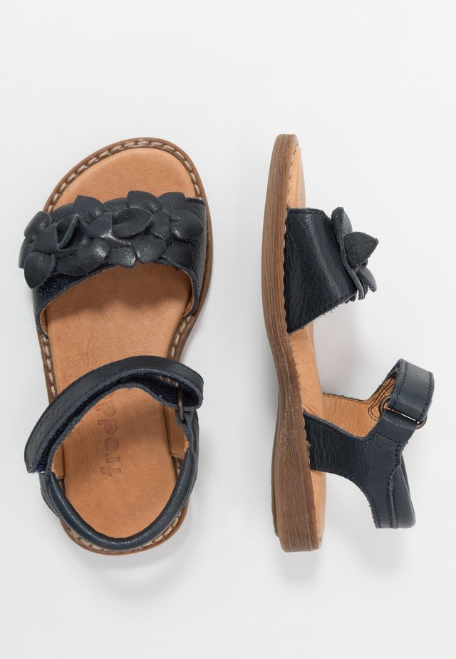 LORE FLOWERS MEDIUM FIT - Sandals - dark blue