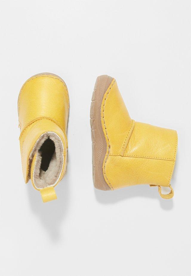 WARM LINING - Støvletter - yellow