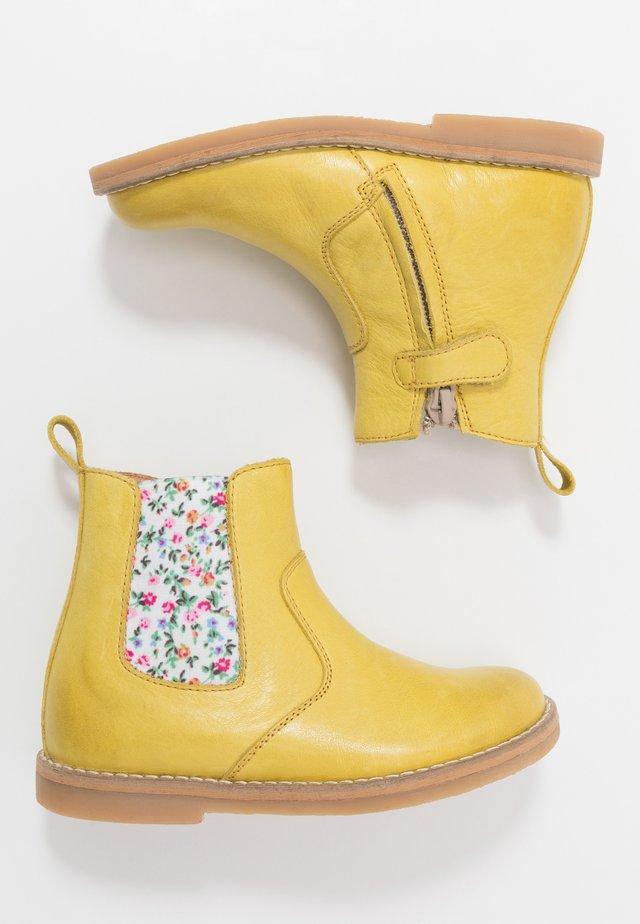 CHELYS NARROW FIT - Støvletter - yellow