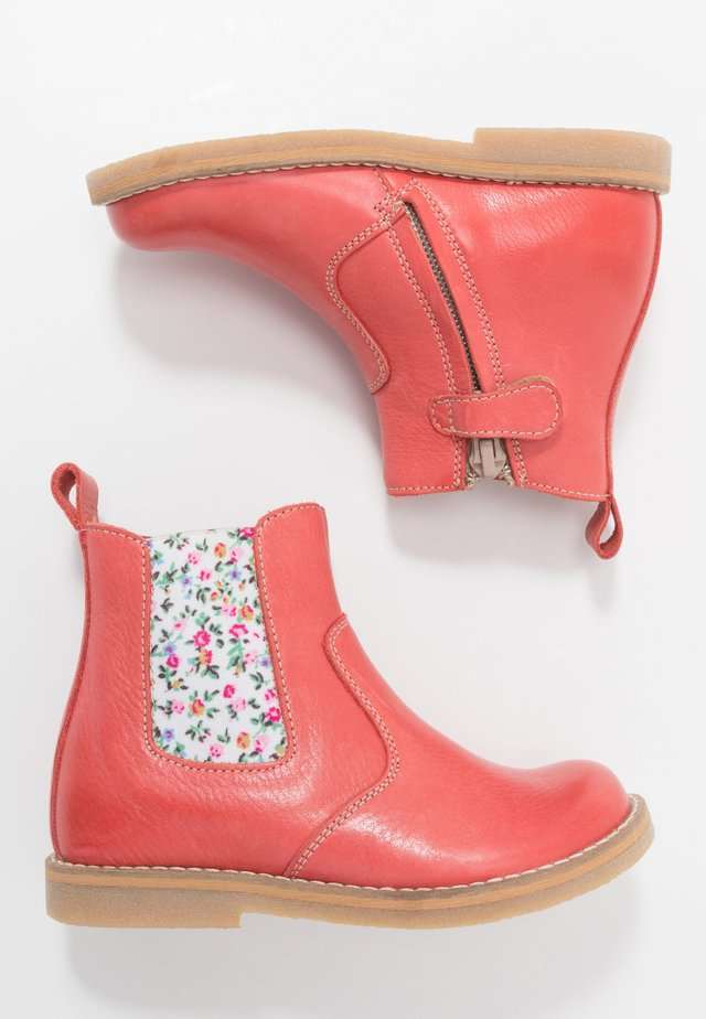 CHELYS NARROW FIT - Classic ankle boots - coral
