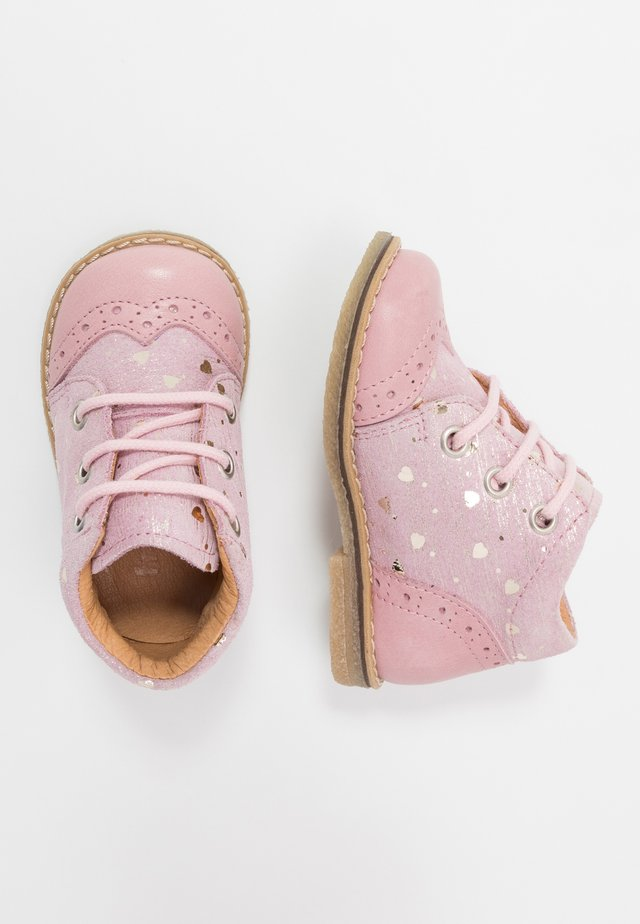 COPER MEDIUM FIT - Baby shoes - pink