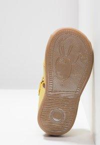 Froddo - Vauvan kengät - yellow - 5