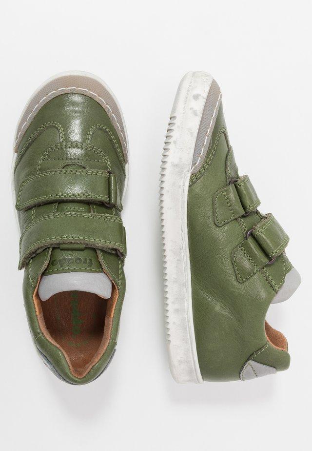 MIROKO MEDIUM FIT - Sneaker low - dark green