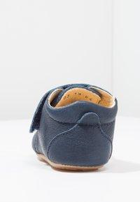 Froddo - NATUREE CLASSIC MEDIUM FIT - Chaussons pour bébé - dunkelblau - 3