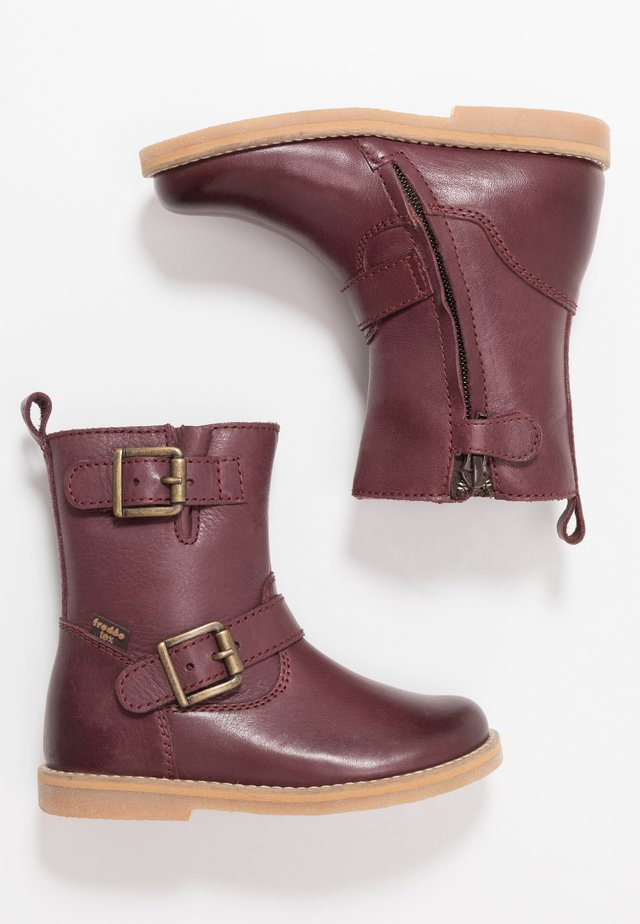 Winter boots - dark bordeaux