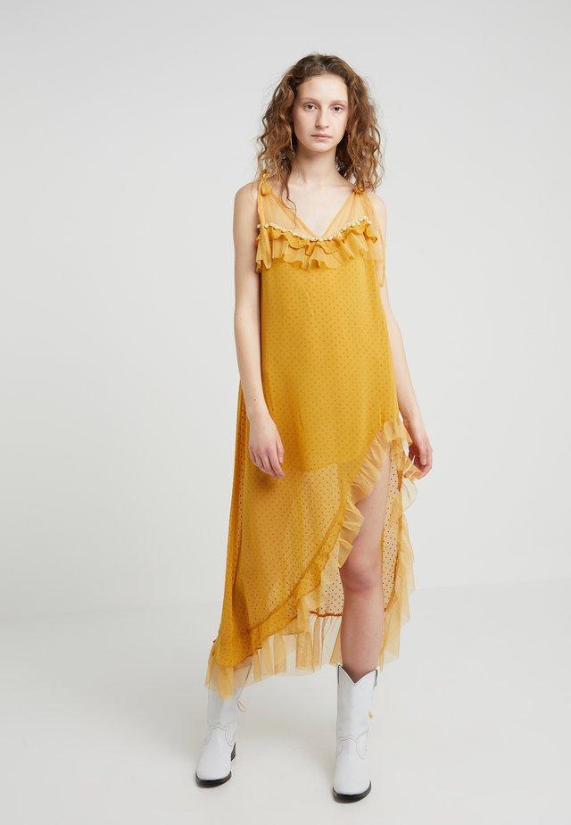 MARQUEE MAXI - Vestito lungo - mustard
