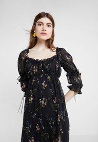 For Love & Lemons - NICOLA MIDI DRESS - Robe d'été - black floral - 3