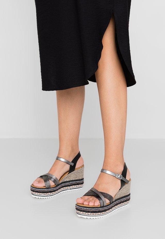 WILLIS - Sandaler med høye hæler - black