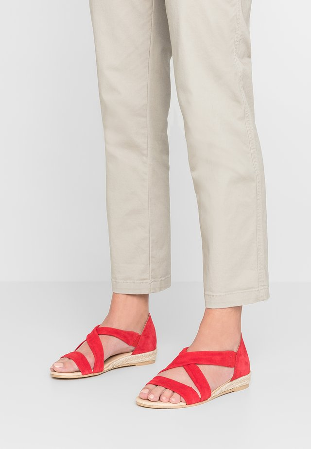 ALBA - Wedge sandals - crosta rosso