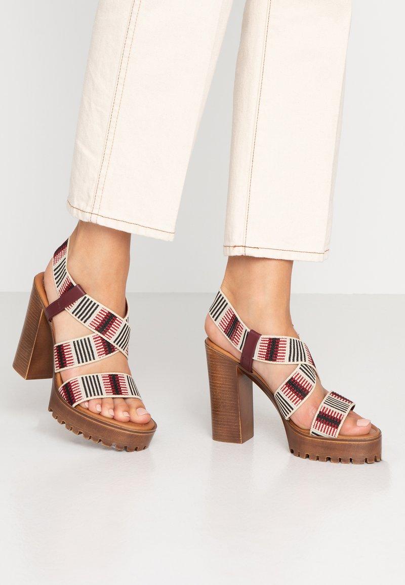 Fiore di Lucia Milano - KIM - High Heel Sandalette - multicolor/bordeaux