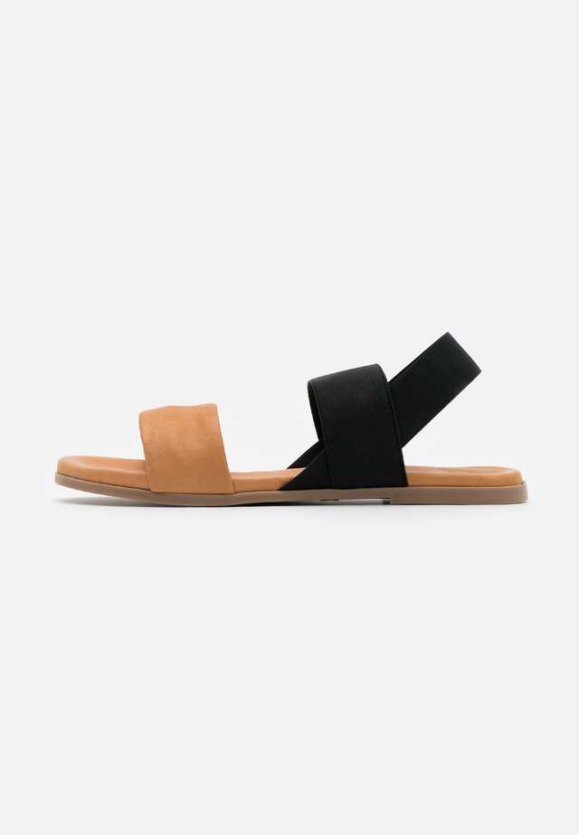 BELLATRIX - Sandals - naturale/nero