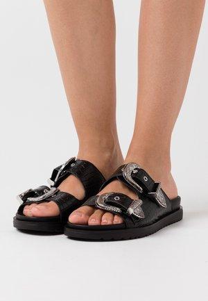 MOIRA - Pantofle - nero