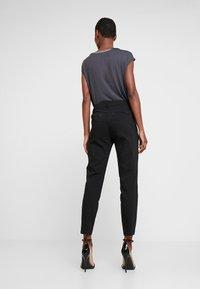 Freequent - ISADORA ANKLE - Kalhoty - black - 3