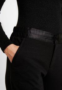 Freequent - NANNI SHINE - Pantaloni - black - 4
