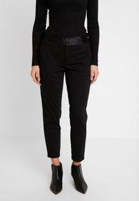 Freequent - NANNI SHINE - Pantaloni - black - 0