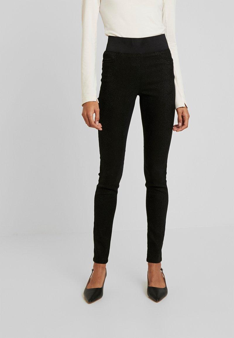 Freequent - SHANTAL - Kalhoty - black