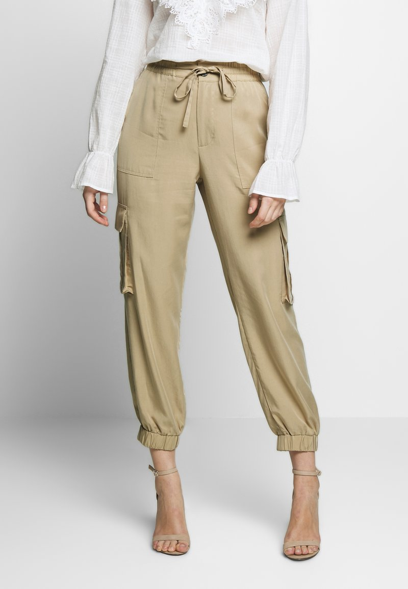 Freequent - SIMONE - Trousers - beige sand