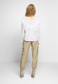 Freequent - SIMONE - Trousers - beige sand - 2