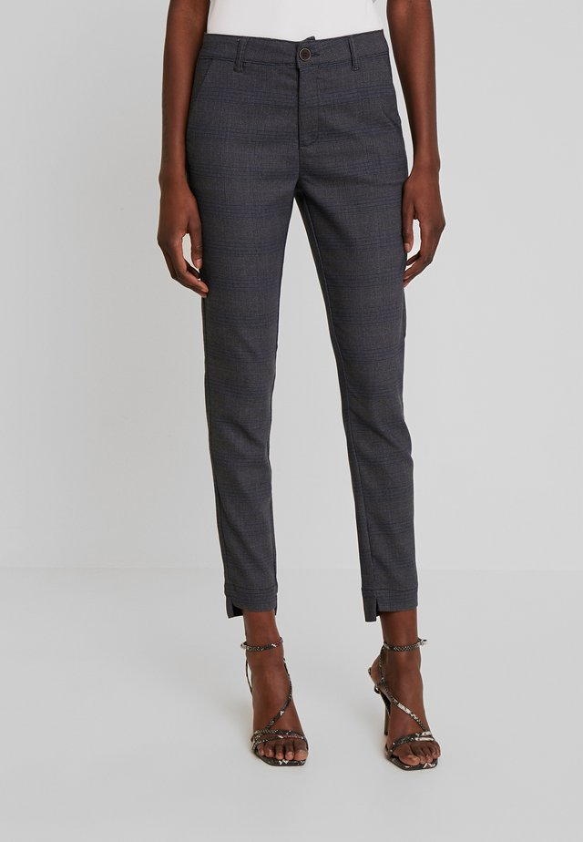 Trousers - check as sample