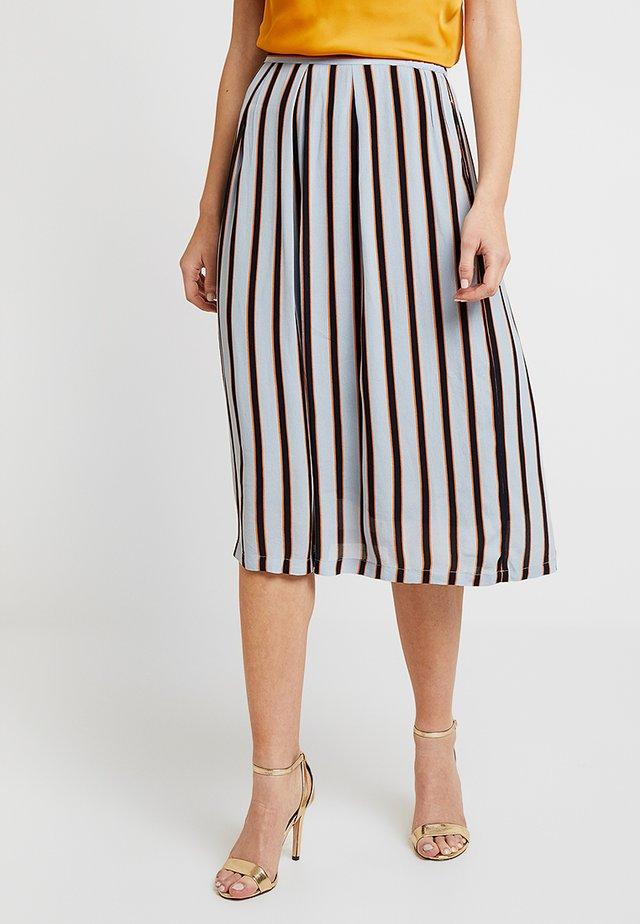 A-snit nederdel/ A-formede nederdele - skyway