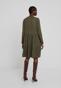 Freequent - Blousejurk - olive night - 2