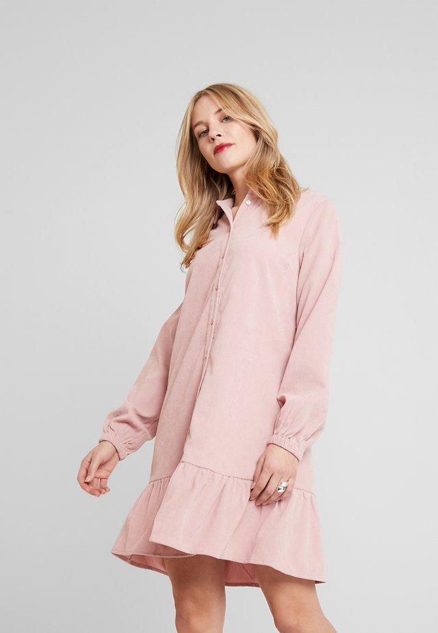 Abito a camicia - rosa