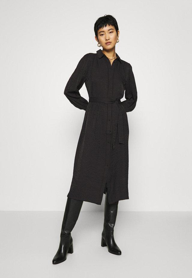 FQBREE - Skjortklänning - black