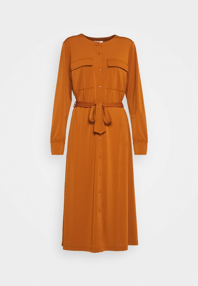 SIGA - Shirt dress - caramel café