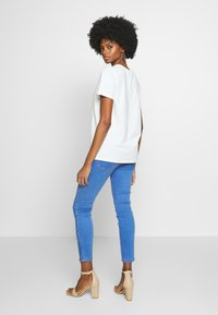 Freequent - FENJA TEE - T-shirts - offwhite - 2