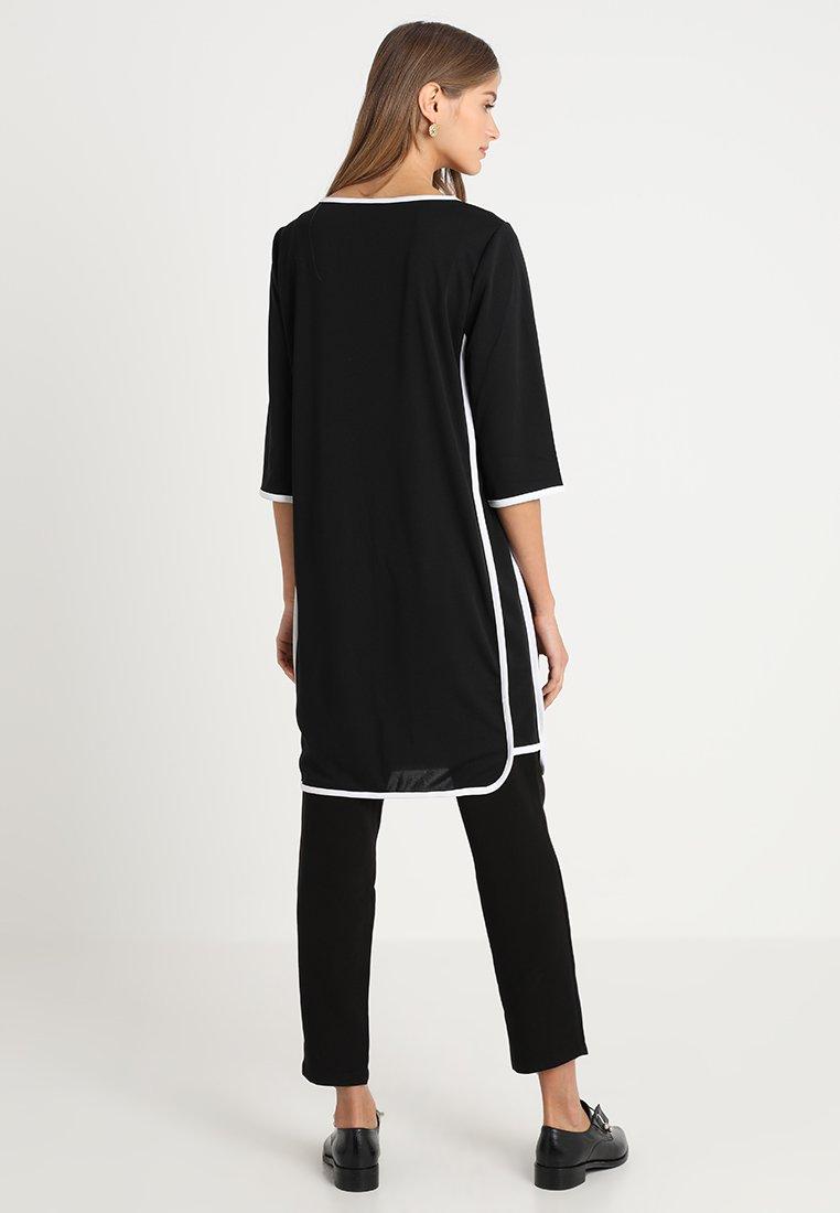 Freequent ZAKA - Robe en jersey black/white