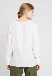 Freequent - Blusa - off white - 2