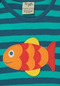 Frugi - ORGANIC COTTON 'BOBBY' FISH BABY - Top sdlouhým rukávem - green - 3