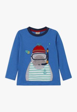 ADVENTURE APPLIQUE - T-shirt à manches longues - sail blue
