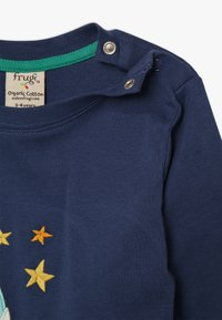 Frugi - JOE APPLIQUE - T-shirt à manches longues - space blue - 3