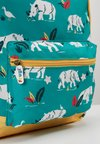 Frugi - RECYCLED FABRIC ADVENTURERS BACKPACK - Sac à dos - rhino ramble