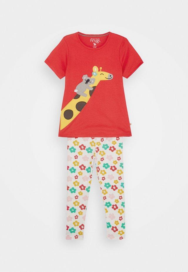 ORGANIC GIRAFFE SET - Pyjama - watermelon