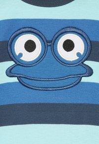 Fred's World by GREEN COTTON - ZGREEN HELLO FRED - Triko spotiskem - blue - 2