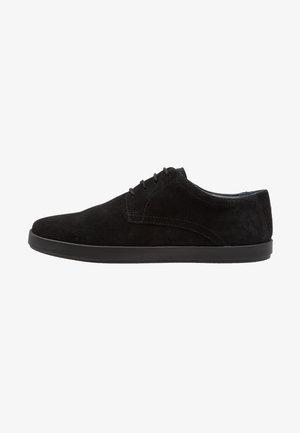 CHIEFS - Volnočasové šněrovací boty - black