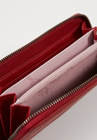 Fritzi aus Preußen - NICOLE SADDLE - Wallet - bright rusty red - 5