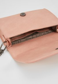 Fritzi aus Preußen - POSHBAG - Across body bag - rose - 4