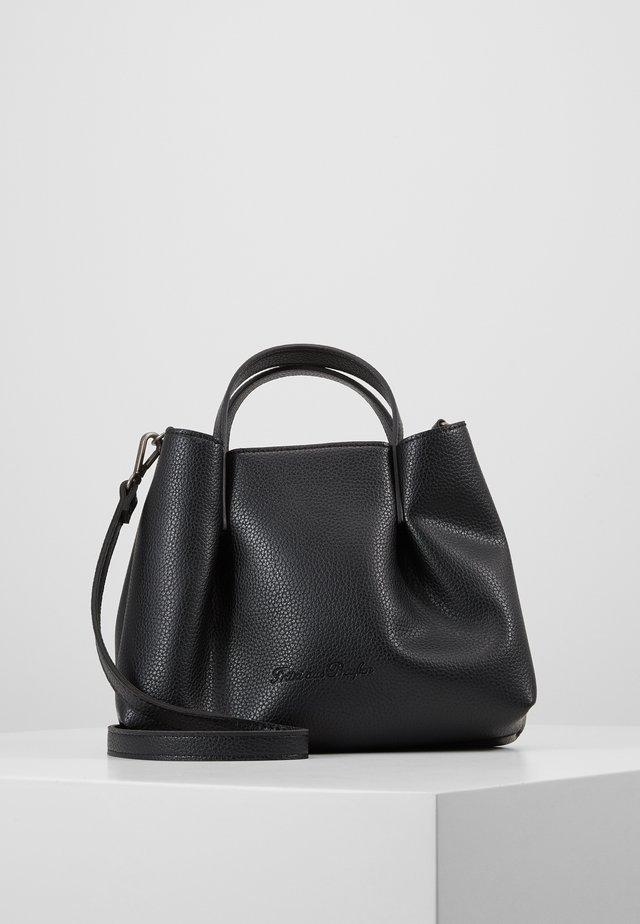 GINI - Handväska - black