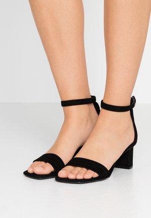 BELINDA MID HEEL  - Sandaalit nilkkaremmillä - black