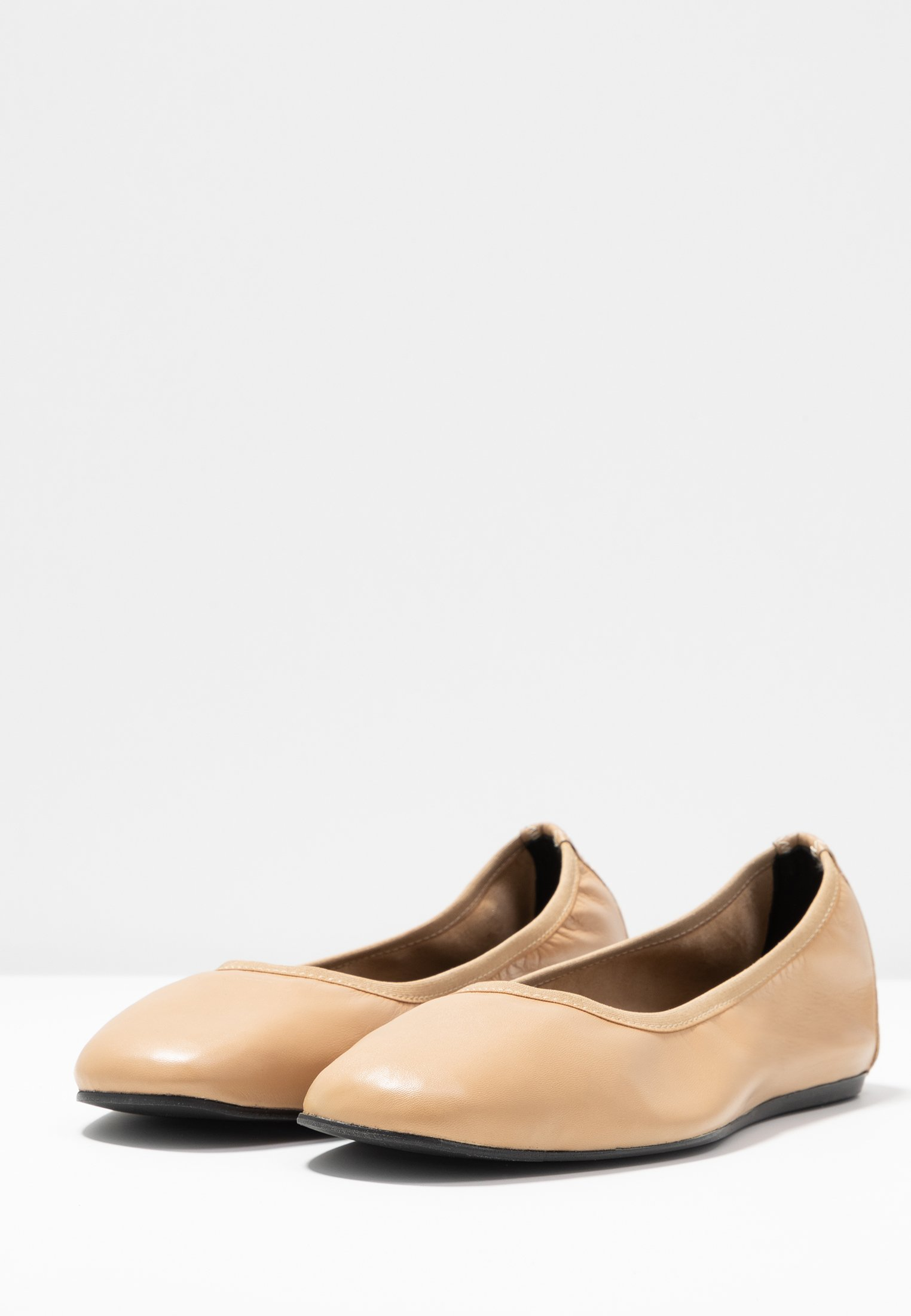 Filippa K Rey Flat - Klassischer Ballerina Honey Beige Black Friday