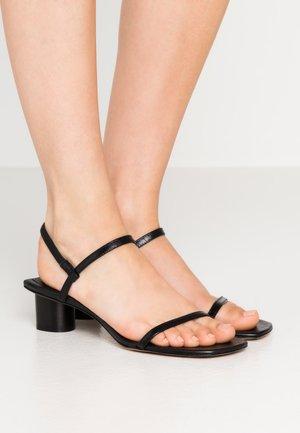 LOW - Sandaler - black