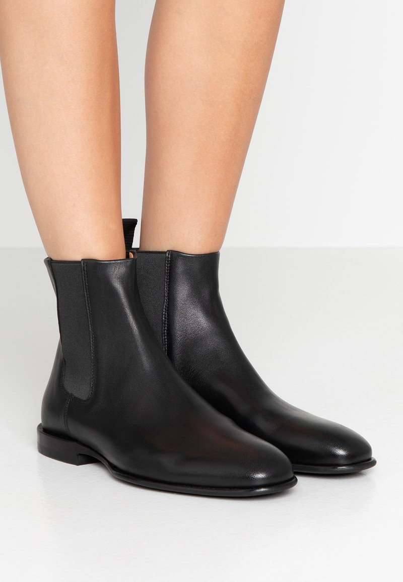 Filippa K - FALLON LOW CHELSEA BOOT - Classic ankle boots - black