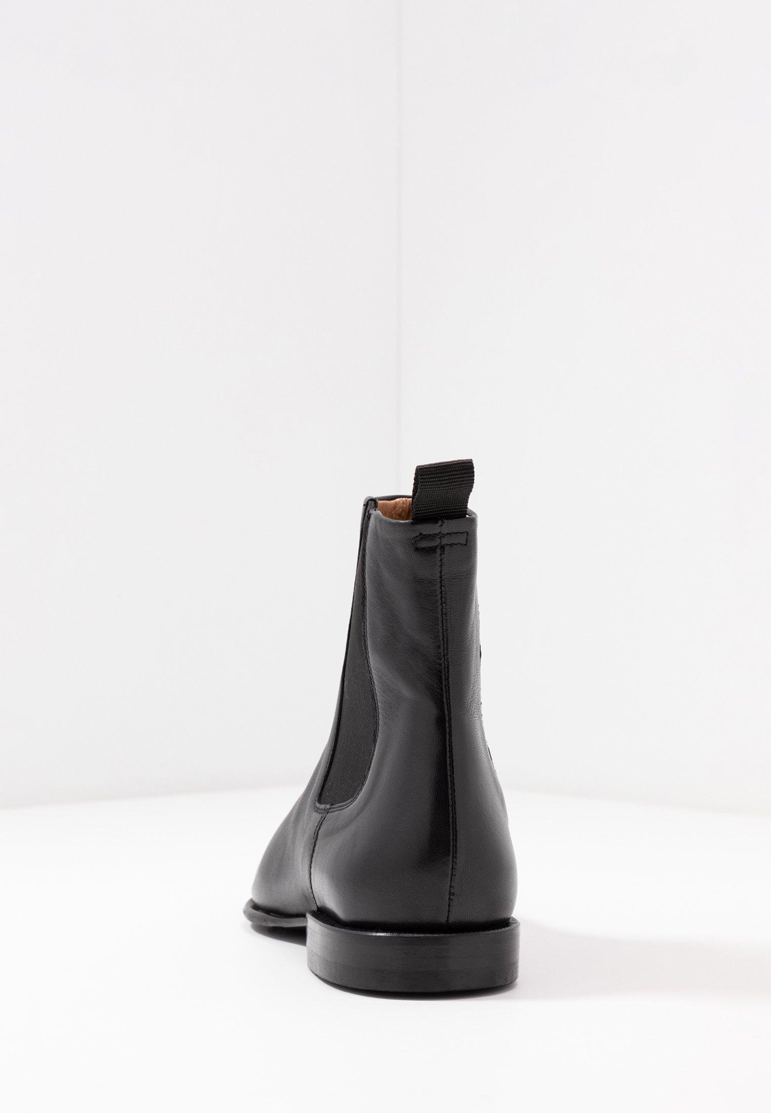 FALLON LOW CHELSEA BOOT Stövletter black