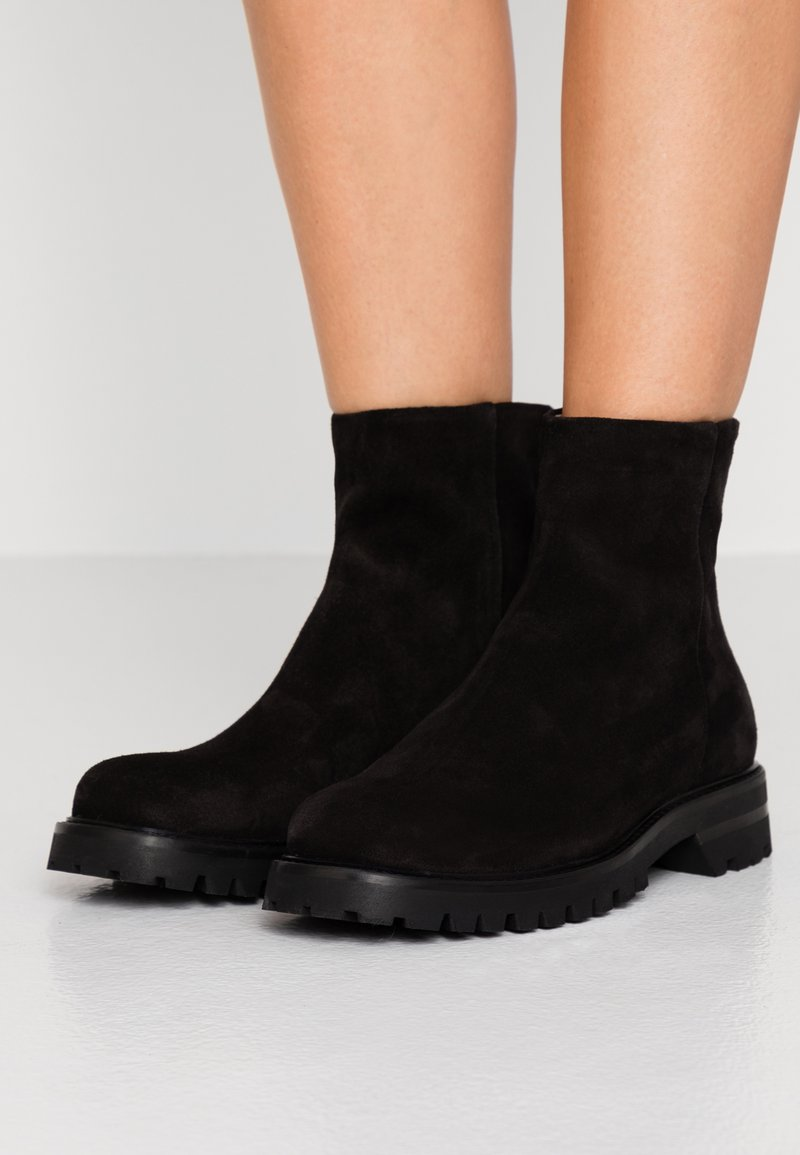Filippa K - JESSICA ZIP BOOT - Classic ankle boots - black