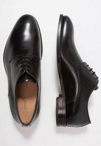 Filippa K - NEIL DRESS SHOE - Derbies & Richelieus - black - 1